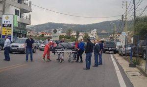 جريح بحادث صدم على طريق كفرصارون-أميون