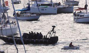 نجاة أسترالي من الغرق بعد موت منقذيه