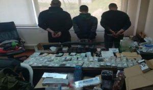 في البقاع… توقيف 3 اشخاص بجرم تهريب سجائر وأدوية مخدّرة