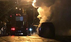 إخماد حريق داخل سيارة في العقيبة-كسروان