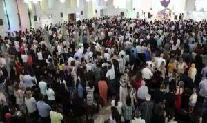 كنائس الإمارات أحيت رتبة الشعانين (بالصور)