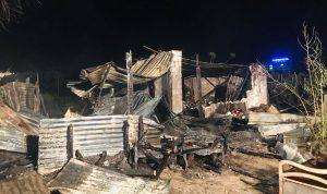 بالصور: حريق منزل في صور.. قتيلة و3 مصابين