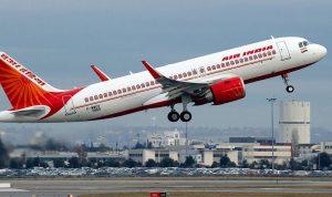 1000 طيار هندي يضربون عن العمل.. والسبب؟