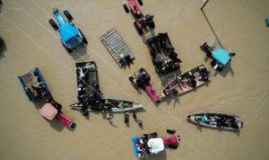 3 قتلى ومفقودان جراء السيول في إيران
