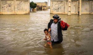 بالصور: إيران تُخلي 70 قرية بسبب الفيضانات