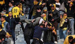 "مباراة كرة قدم ""مجنونة"".. قتيل و245 جريحاً في إيران! (بالصور)"