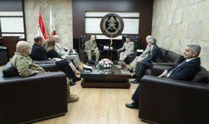 قائد الجيش بحث مع كارتر العلاقات الثنائية