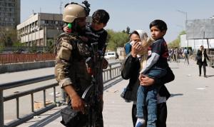 """""""داعش"""" يتبنى الهجوم على وزارة الاتصالات في كابول"""