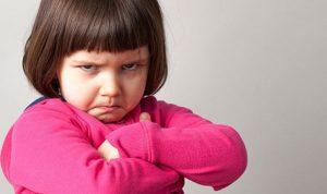 كيف تتصرّفين إذا تجاوز الولد حدوده؟