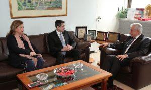 """قيومجيان بحث مع رئيس الـ""""LAU"""" أطر التعاون"""