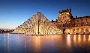 متحف اللوفر يستعد لإعادة فتح أبوابه في تموز