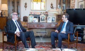 معوض بحث التطورات مع السفير البلجيكي