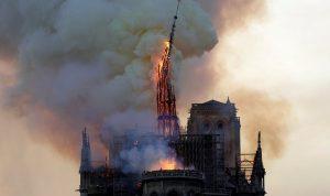 زوج سلمى حايك يقدم 100 مليون يورو لإعادة بناء كاتدرائية نوتردام