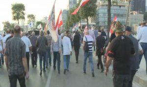 """بالصور: البلد يغلي.. """"ثورة"""" العسكريين المتقاعدين في ذروتها!"""
