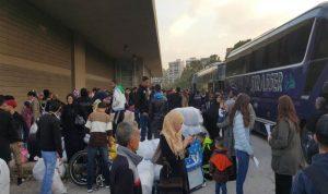 """تراجع ملحوظ في أعداد السوريين الراغبين في """"العودة"""""""