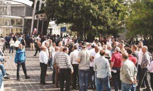 جلسات حكومية يومية لمناقشة الموازنة.. ودعوات إلى إضراب عام