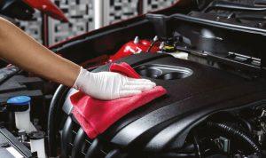 كيف ومتى يجب تنظيف محرّك السيارة؟