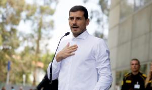 كاسياس يغادر المستشفى بعد أزمة قلبية