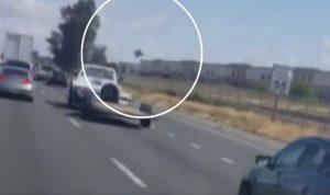 بالفيديو- سقوط مقاتلة فوق مبنى في كاليفورنيا