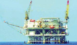 """لبنان """"يراقب"""" بقلق مصير أسعار النفط"""