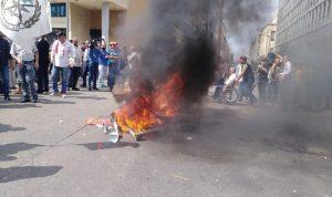 العسكريون المتقاعدون يصعّدون في الشارع