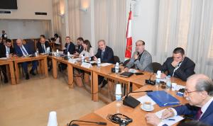 لجنة الشؤون الخارجية عرضت ولاسن العلاقات الثنائية