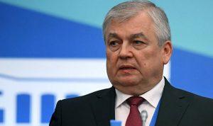 لافرنتيف التقى باسيل: مستمرون ببذل الجهود لتقدم المبادرة الروسية