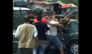 بالفيديو: في عكار.. تضارب بين مواطن وشرطي!