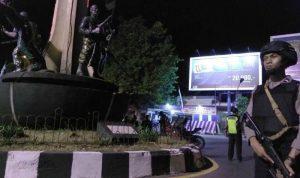 انتحاري يستهدف مركزاً للشرطة في إندونيسيا