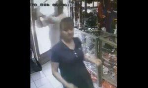 """بعد انتشار فيديو لامرأة تُضرب بعصا.. """"قوى الامن"""" توضح"""