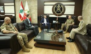 قائد الجيش عرض ورامبلنغ الأوضاع في لبنان والمنطقة