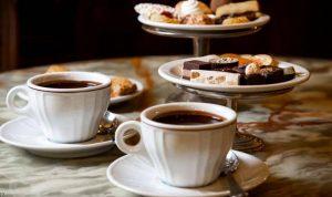 لهذا السبب إشربوا القهوة بعد الإفطار وليس قبله!