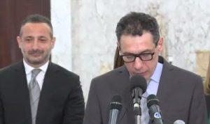 "نزار زكا حرًا: ""راسي مرفوع"""