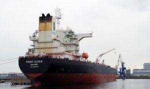 طاقم الناقلة النرويجية المتضررة ببحر عمان في دبي