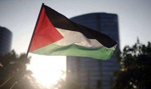 الخارجية الفلسطينية تستدعي سفيرها لدى أبوظبي!