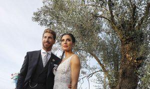 بالصور: فستان زفاف زوجة راموس بتوقيع مُصمم لبناني