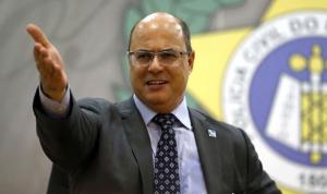 حاكم ولاية ريو دي جانيرو يعلن إصابته بكورونا (فيديو)
