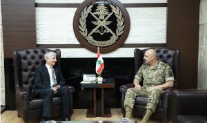 قائد الجيش عرض الأوضاع مع الحجيري