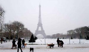 باريس تدعو السياسيين إلى تغليب المصلحة الجماعية