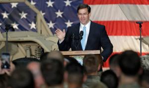 وزير الدفاع الأميركي: لن نغادر العراق