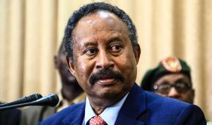 حمدوك يدعو نظيريه المصري والإثيوبي لاجتماع قمة ثلاثي مغلق