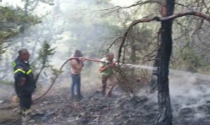 إخماد حريق في زغرتا