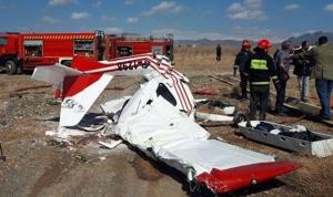 مقتل طيار من الحرس الثوري بتحطم طائرة في ايران (بالفيديو)