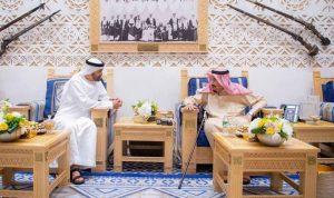 خادم الحرمين الشريفين يلتقي ولي عهد أبوظبي