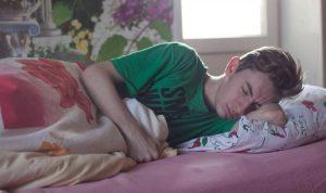 دراسة تكشف تأثير التفاؤل والتفكير الإيجابي على النوم