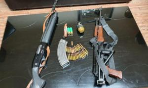 """لبنان: ازدهار سوق السلاح """"غير الشرعي"""".. الدفع بالدولار و""""كاش""""!"""