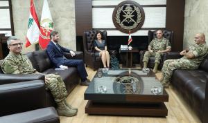 التعاون العسكري بين قائد الجيش وسفيرة النروج والملحق العسكري الفنلندي