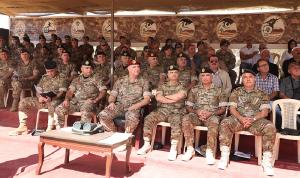 قائد الجيش: لن نبخل بأي جهد للحفاظ على أمن الوطن والمواطن