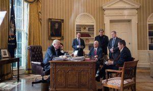 من يستمع لمكالمات ترامب.. وكيف يجري التحضير لها؟