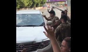 أصرت على اقتحام تظاهرة الشفروليه.. فتصدى لها الجيش (بالفيديو)